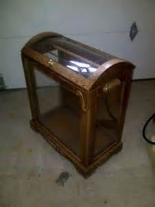 Used Curio Cabinets For Sale Ontario Kijiji 1000 Images About Quilt Glass Display Case On Pinterest