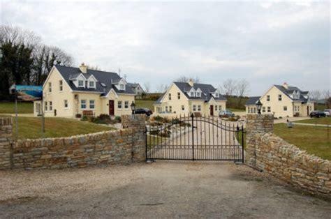 Portsalon Cottages by Ardglass Cottages Portsalon Fanad Peninsula