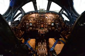 B 2 Bomber Interior by Image Gallery Inside A B2 Bomber