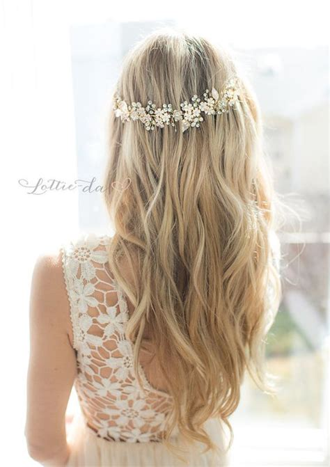 Garden Wedding Hairstyles For Bridesmaids by 25 Best Ideas About Wedding Hair On Half