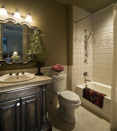 17 best ideas about traditional small bathrooms on