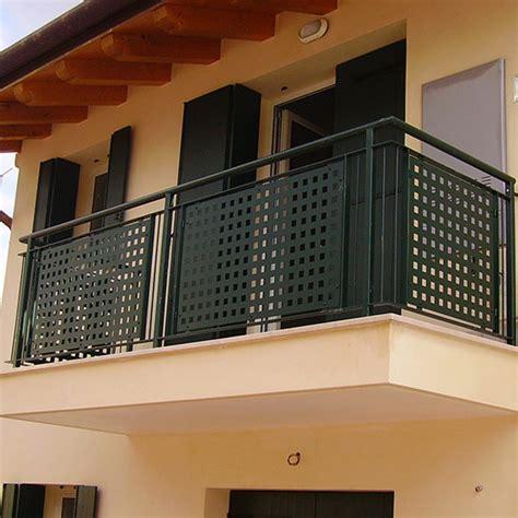 copri ringhiera balcone ringhiere per poggioli cancelli ringhiere recinzioni