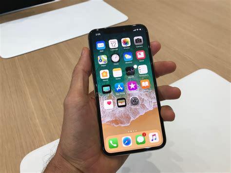 iphone x premier essai du smartphone d apple qui veut inventer le futur