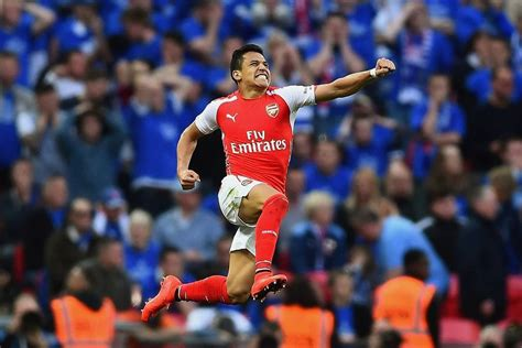 alexis sanchez review 2015 fa cup semi final review arsenal face aston villa in