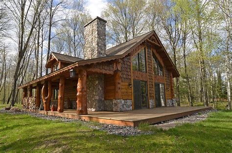 Log Cabin Cedar Creek Lake by River S Edge Cottage Is A 1400 Square Foot 2 Bedroom