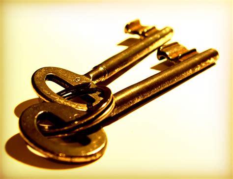 gold key wallpaper key full hd wallpaper and background 2708x2080 id 424756