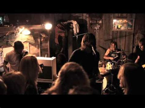 foo fighters garage tour foo fighters garage tour chicago 2