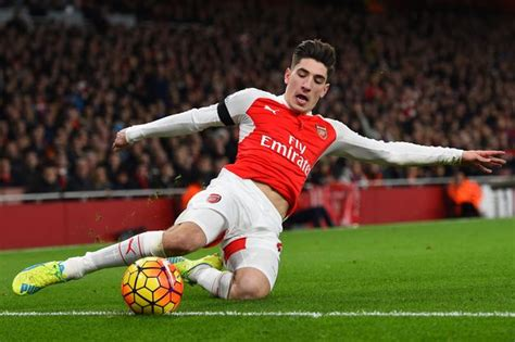 arsenal young players arsenal fuming with manchester city over hector bellerin