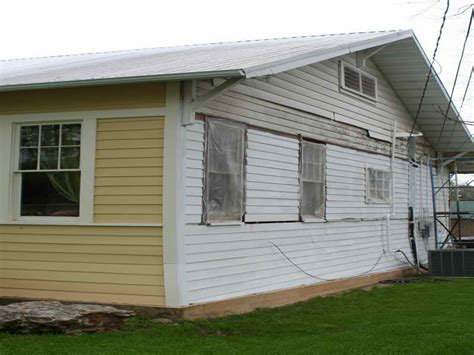 how to paint metal siding on a house how to paint steel siding on a house 28 images aluminum siding aluminum siding