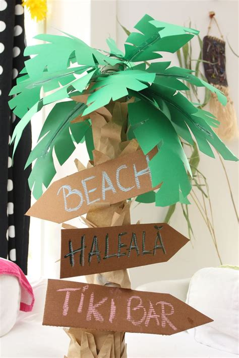 How To Make Palm Trees Out Of Paper - paper palm tree for luau decoration with pizza