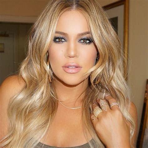 khloe kardashian dyes hair blonde photos style news khloe kardashians new blonde highlights stylecaster of