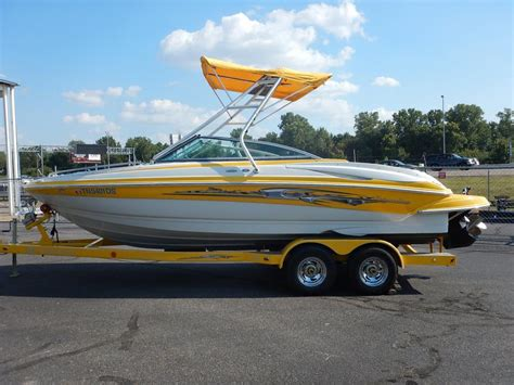 bowrider boats for sale in tennessee 1990 crownline 220ls boats for sale in memphis tennessee