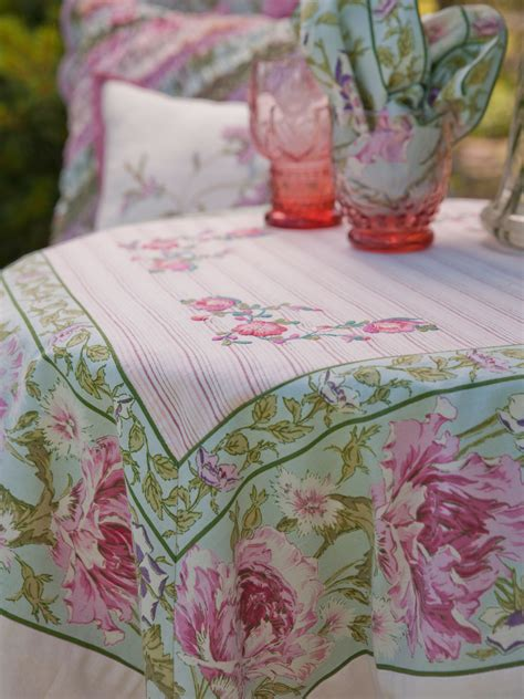 Patchwork Tablecloth - pretty patchwork tablecloth what s new kitchen