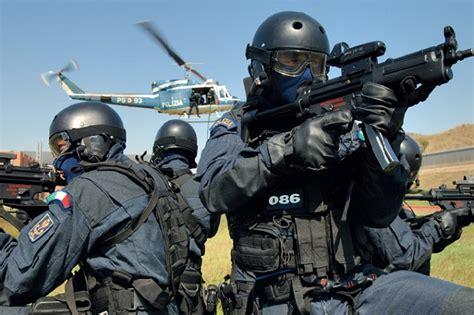il cdm approva il piano guerra al jihad cdm approva decreto reato arruolarsi tra