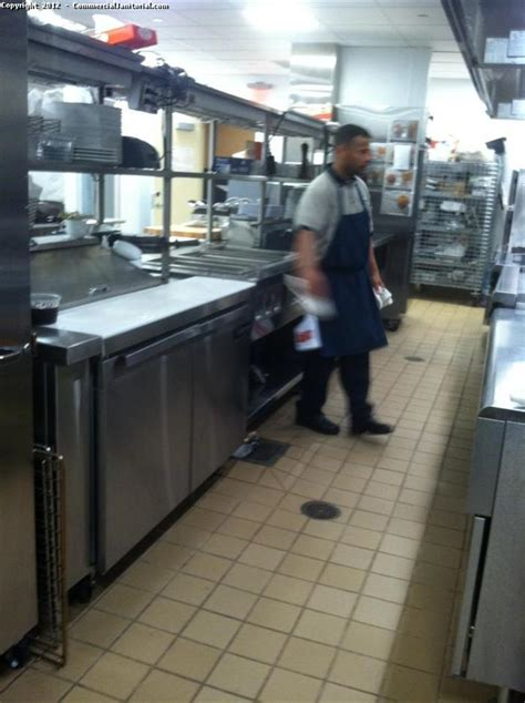 commercial kitchen floor cleaning 2 image