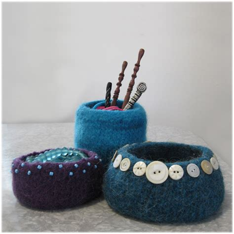 knitted yarn bowl pattern felted bowl patterns 171 free patterns