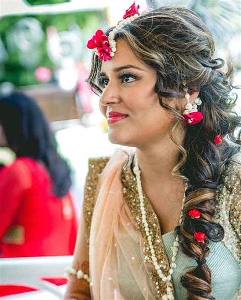 indian hairstyles app 15 best images about flower jewellery on pinterest small
