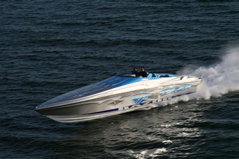 cigarette boat vs catamaran the top 20 coolest speed boats cigarette racers