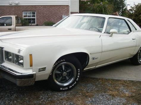 purchase used 1977 pontiac grand prix sj rare factory sunroof very nice car in cleveland