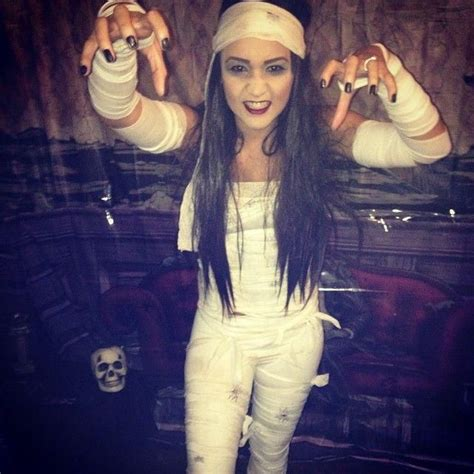 celebrity halloween costumes mummy the 25 best ideas about mummy costumes on pinterest diy