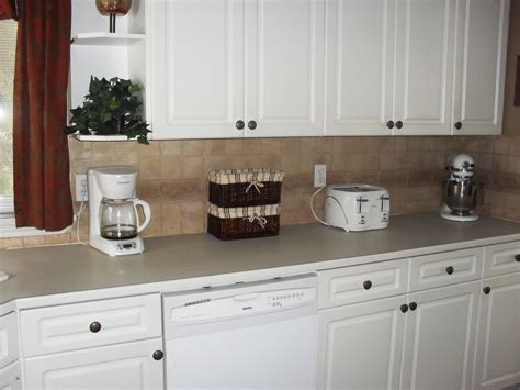 white kitchen with backsplash kitchen kitchen backsplash ideas black granite