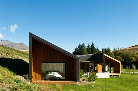modern rustic home modern rustic homes with black exteriors mountain modern
