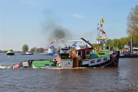sleepboot vacatures schuttevaer hulde voor geertje en trip op zonrijke