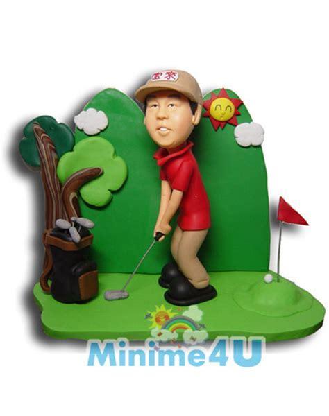 Man playing golf   Mini me dolls   Custom wedding cake