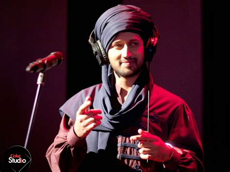Atif Aslam Wallpapers With Guitar gulabi aankhen chords atif aslam strumming pattern
