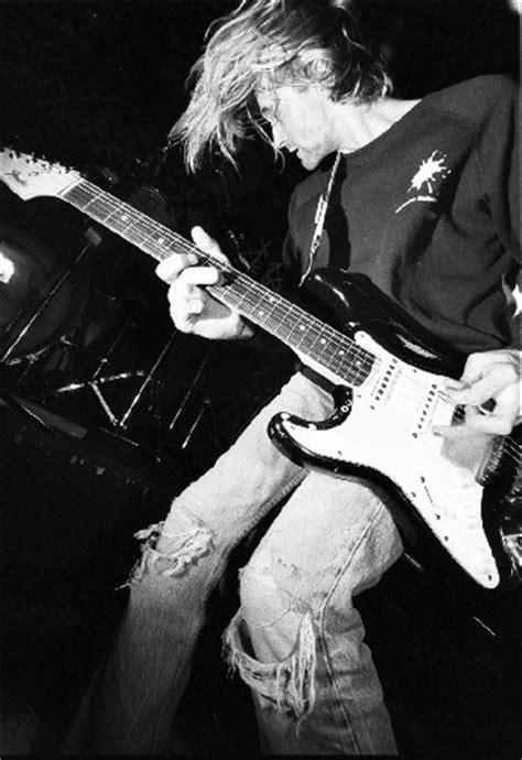 kurt cobain biography review the messenger director oren moverman doing kurt cobain