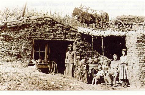 settlement houses were founded in the late 1800s by settlement houses were founded in the late 1800s by rushcanvas licensed for non