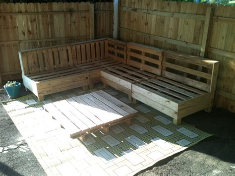 outdoor pallet sofa pinterest pallet sofa cedar lane