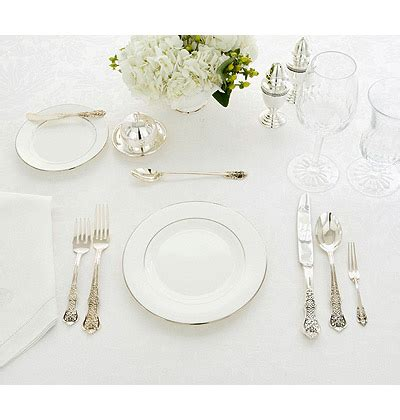 Formal Table Settings Setting Your Table For The Holidays Trendy Tree