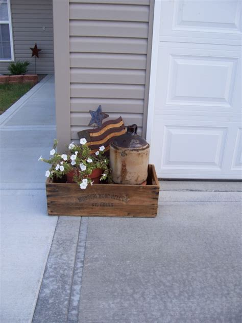 outdoor home decor ideas primitive outdoor decorating on pinterest primitive