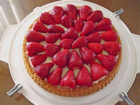 erdbeer vanillepudding kuchen erdbeer pudding kuchen herta rezept mit bild