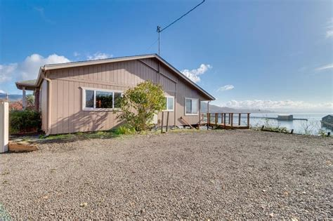 boat rental tillamook bay gorgeous home overlooking the bay near a boat launch dog
