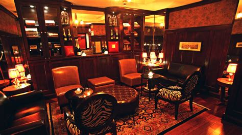 Top Bars In Manhattan by Top Cigar Bars In Manhattan Where It S Still To