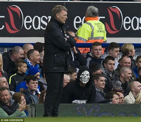 alex ferguson angry because everton beat them redknapp terry is an attractive free