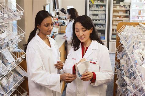 Pharmacy Tech At Cvs by Retail Pharmacist With Pharmacy Technician Cvs Health