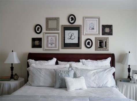 Bedroom Picture Frame Ideas by 10 Ideas About Picture Collage Board On