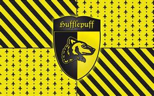 what are hufflepuffs colors hufflepuff wall by ibuki san on deviantart
