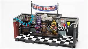 Five nights at freddy s gets the mcfarlane construction toys