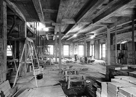 renovating the house file view from the lincoln room during the white house renovation 01 23 1951 jpg