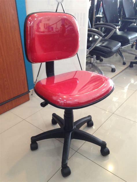 Kursi Merah jual kursi kantor fantoni f100 merah palazzo furniture