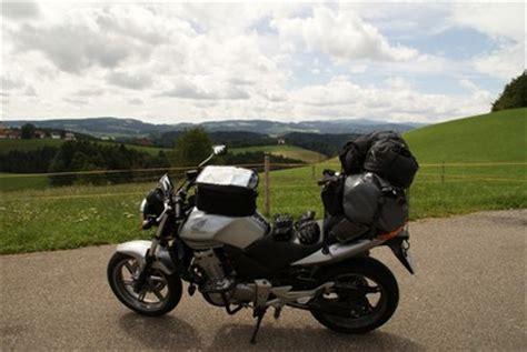 Motorrad Haarnadelkurven Fahren motorrad fahren
