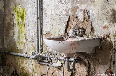 wie lange dauert badsanierung badsanierung dauer material kosten sanit 228 r heizungsbau