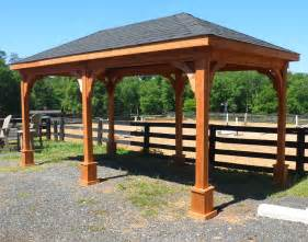 Backyard Creations Deluxe Arched Pergola With Gold Trim Cedar Single Roof Ramadas Ramadas By Material