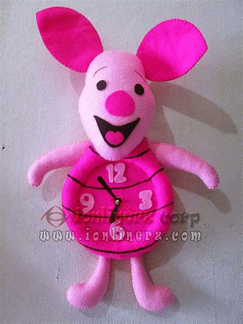 cara membuat jam dinding karakter kain flanel jam dinding flanel karakter kartun boneka piglet