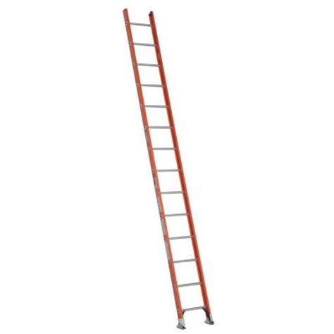 400 Lb Capacity Ladder by Werner 14 Ft Fiberglass D Rung Ladder With 300