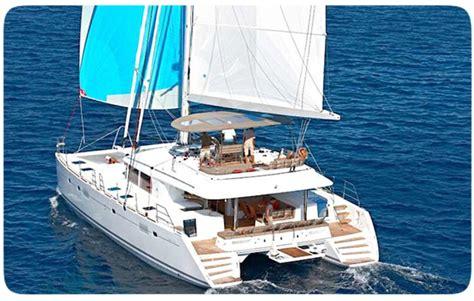 Mad Max Layout catamarano lagoon 560 catamarano per noleggio con skipper